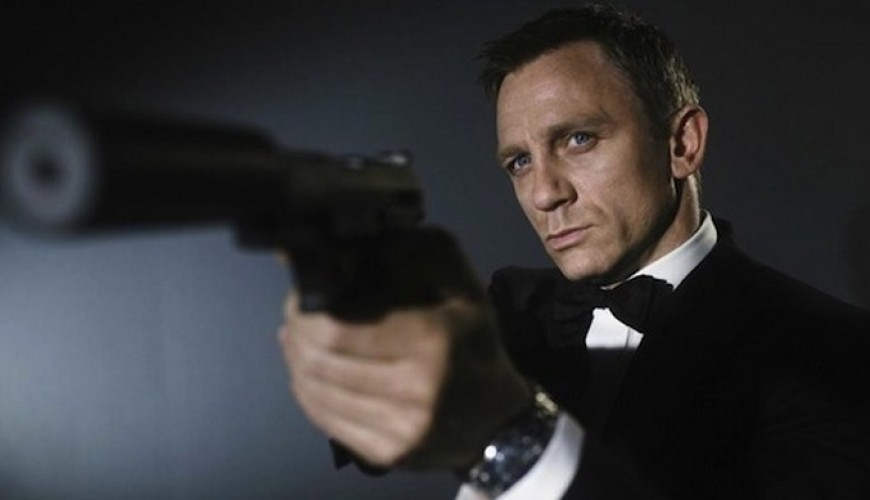 Bond 25 – Daniel Craig confirmado como James Bond.