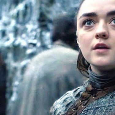 Maisie Williams responde com humor aos incomodados com cena de Arya em Game of Thrones