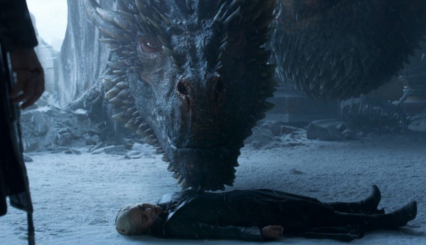 Game of Thrones – showrunners revelam para onde  Drogon levou Daenerys