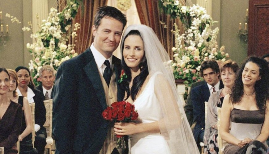 Friends – Monica e Chandler posam juntos para foto