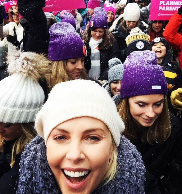 Charlize Theron Marcha das Mulheres Contra Trump
